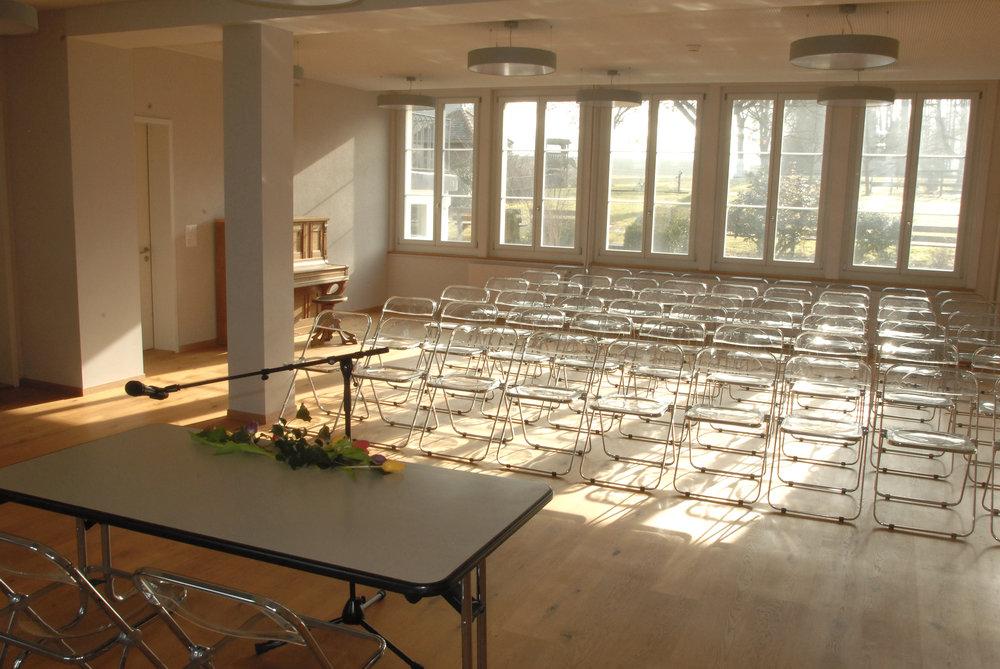 Der Raum Lotus bietet modernen Charme für Vorträge.