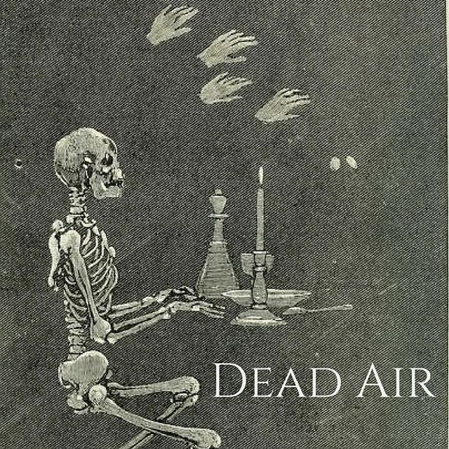 The perfect mix for kicking off your week of zine making. You can find Dead Air on foundsoundradio.org or on mixcloud.