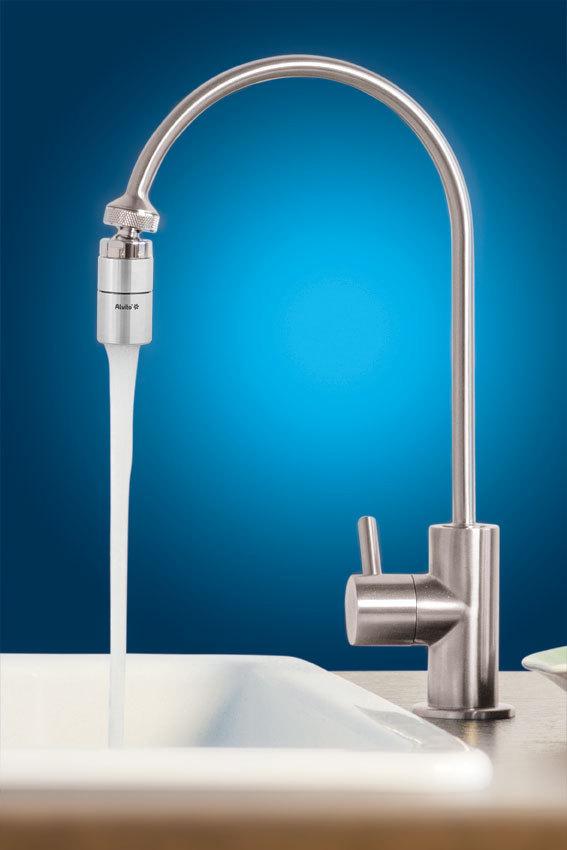 Robinet avec vortex - un robinet avec un vortex intégrée à l'intérieur plus d'info christine@aquaconscience.com