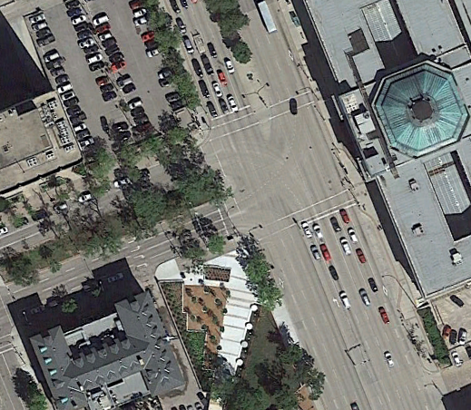 Google Earth Pro: Broadway and Main intersection, 2018.