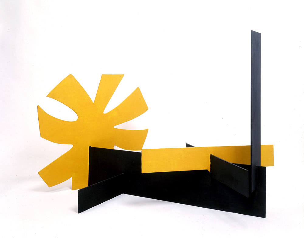 <br><i>Untitled</i> <br> 1968<br>Painted aluminium<br>33 x 45 x 27""