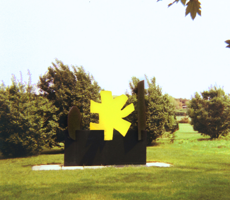 "<br><i>Petaloid</I> (East Hampton installation)<br>1968<br>96 x 96 x 48""<br>Painted steel"