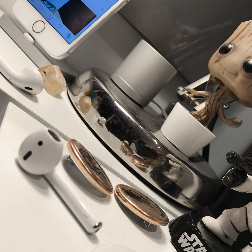 Desk_Life_2.jpg