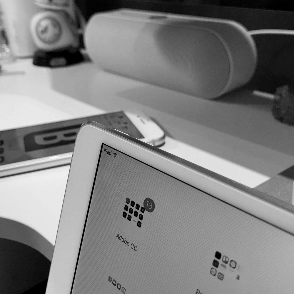 iPad_Desk.jpg