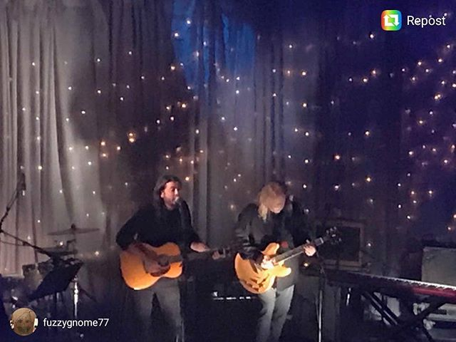 Surprise! Dave Grohl and Warren Haynes collab on Times Like These. #XmasJam  #repost @fuzzygnome77