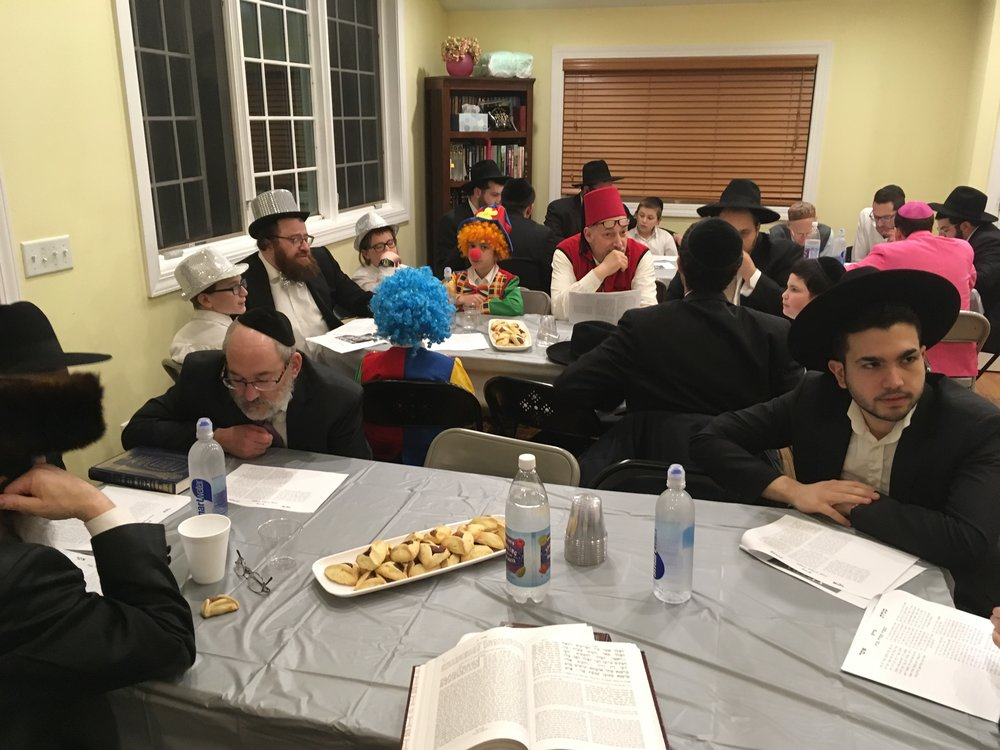 Purim night learning 4.jpg
