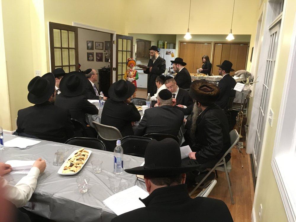 Purim night learning 6.jpg