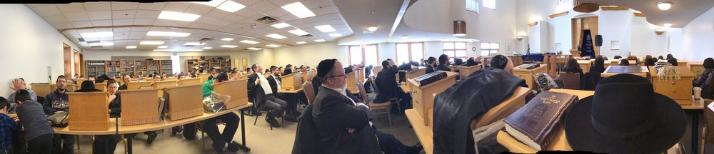 Panoramic view of the crowd at a Congregation Bais Yisroel