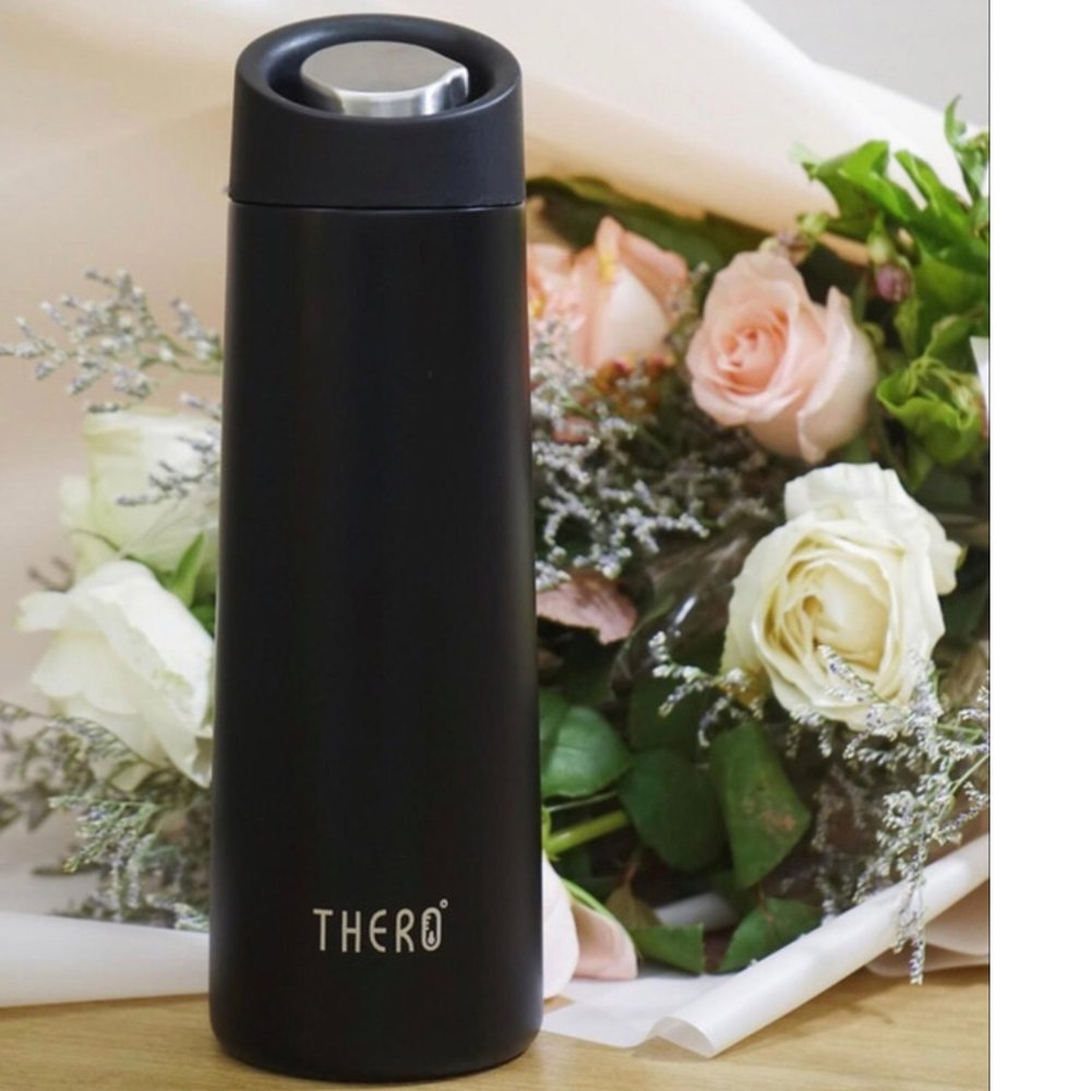 Thero - Pre-order hereBe still our caffeinated hearts! Thero brings an aerospace technology to consumer goods. Their magic mug can make scalding hot drinks perfect in just 2 minutes and keep them perfect for hours.