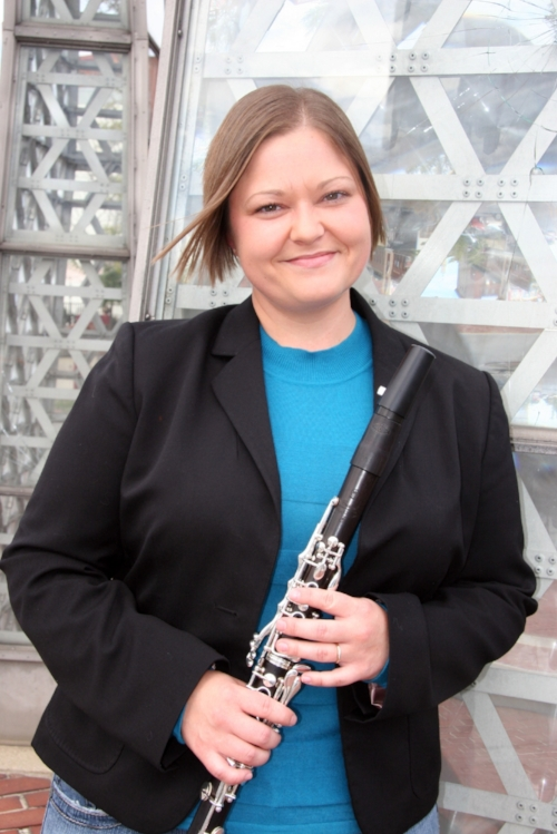 - SHAWN GOODMAN, ClarinetMusician, educator, and clinician, Shawn Goodman, is an Associate Instructor of Music Education at the Indiana University Jacobs School of Music, where she is also completing coursework towards a PhD in Music Education with a minor in Jazz Pedagogy and is a University Supervisor for Indiana University's School of Education. She is an Adjunct Instructor of Music at IUPUI and at Marian University. Previously, Shawn served as Clarinet Professor at the Butler University School of Music and as a University Supervisor for Butler University's College of Education.Shawn was the clarinet clinician for the Music for All (MFA) National Festival presented by Yamaha in 2015 and 2017, and at MFA's Summer Symposium in 2015. She is a Yamaha Performing Artist and Vandoren Regional Artist, and is the Conductor, Founder, and President of the Symphonic Youth Orchestra of Greater Indianapolis. Shawn Goodman plays Yamaha clarinets and saxophones exclusively. www.shawngoodmanjazz.com