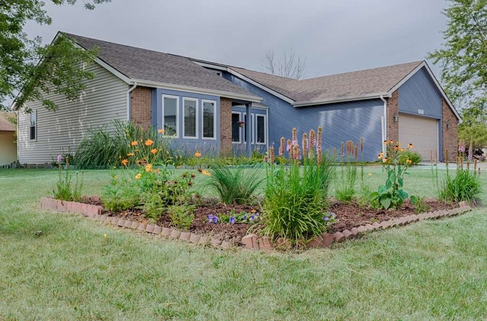 8707 Dunmore Lane - SOLD 9/23/16    Represented: Seller Days on Market: 16   Percentage List to Sales Price: 100%   Sale Price:  $149,900