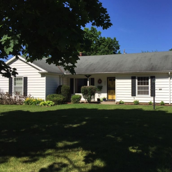 4940 Indiana Avenue - SOLD 7/29/16   Represented: Both Days on Market: 0 Sale Price:  $95,700