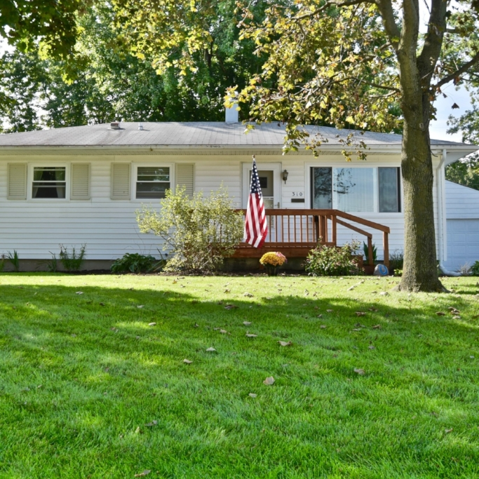 310 Corwin Lane - SOLD 10/28/16    Represented: Seller   Days on Market: 4   Percentage List to Sales Price: 100%   Sale Price:  $64,900    Client Review