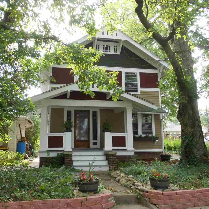 3621 Indiana Avenue - SOLD 8/28/15   Represented: Buyer List Price: $89,500 Sale Price:  $89,500 Negotiated From Price: $0
