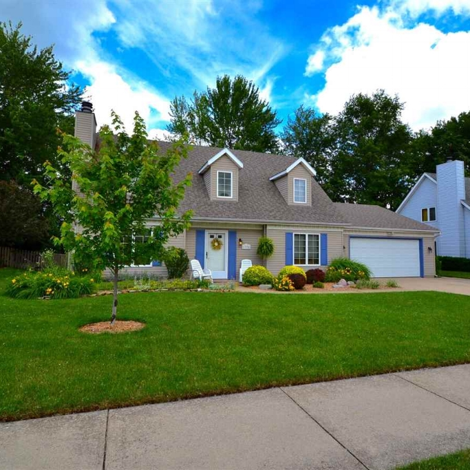 1728 Lakewood Drive- SOLD 8/6/15   Represented: Seller Days on Market: 16 Percentage List to Sales Price: 101% Sale Price:  $151,900