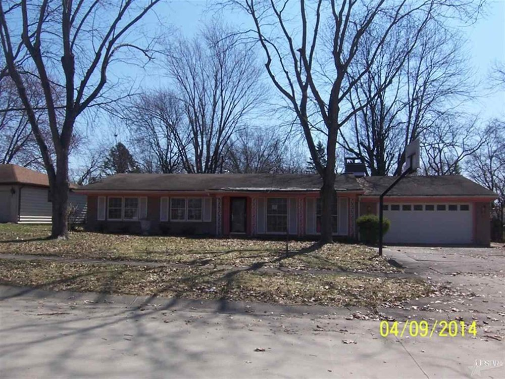 5205 Woodhurst Boulevard - SOLD 9/22/14   Represented: Buyer List Price: $73,100 Sale Price:  $71,359 Negotiated from Price: $1,741