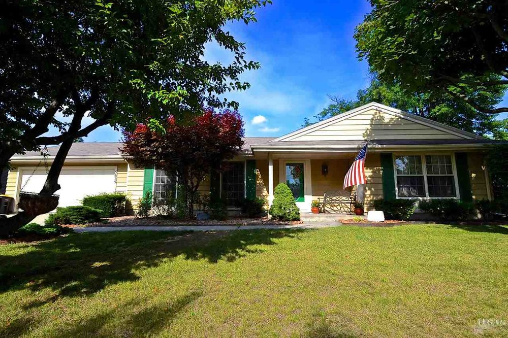 5615 Woodhurst Boulevard  - SOLD 9/11/14    Represented: Seller   Days on Market: 32   Percentage List to Sales Price: 100%   Sale Price:  $117,500