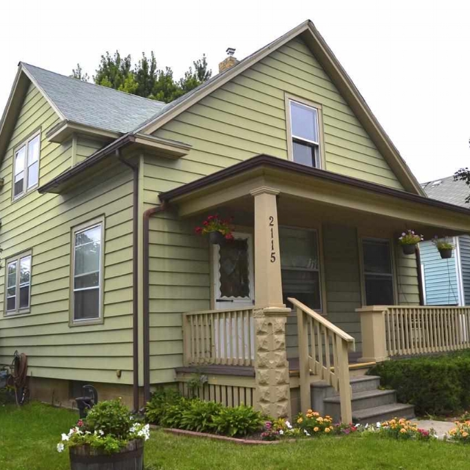 2115 Cortland Avenue - SOLD 2/21/14    Represented: Seller   Days on Market: 103   Percentage List to Sales Price: 100%   Sale Price:  $59,900