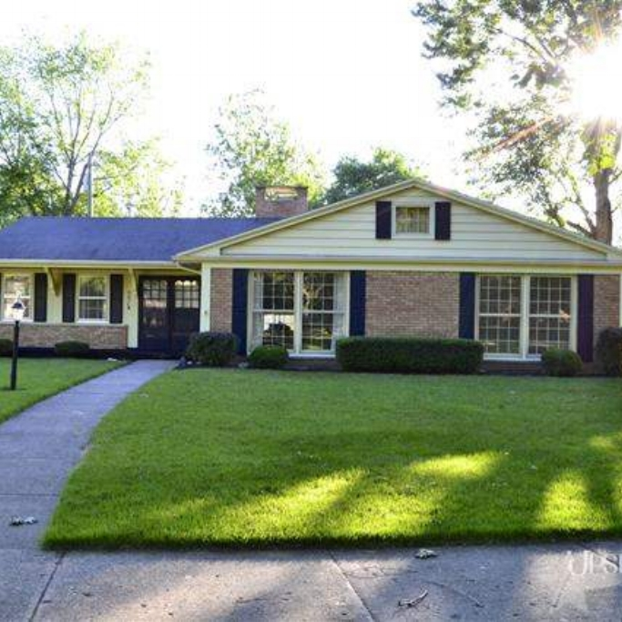 5314 Woodhurst Boulevard - SOLD 9/14/13   Represented: Both Days on Market: 130 Sale Price:  $110,500