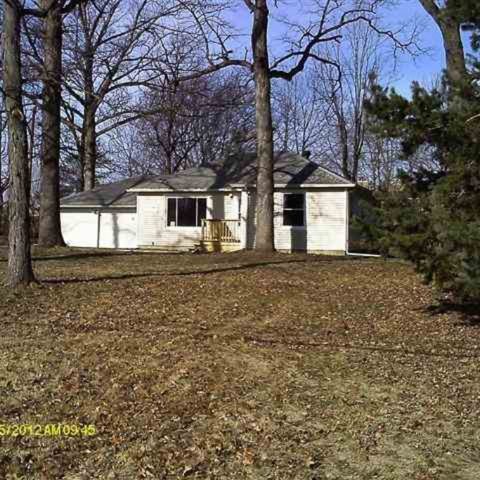 618 S Hadley Road -  SOLD 5/31/13   Represented: Buyer List Price: $89,900 Sale Price:  $87,000 Negotiated From Price: $2,900