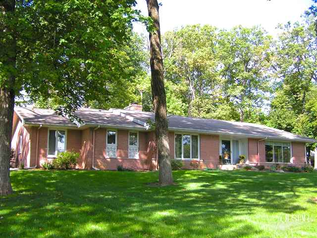 1702 Hadley Road - SOLD 12/14/12   Represented: Seller Days on Market: 44 Percentage List to Sales Price: 93% Sale Price:  $195,000