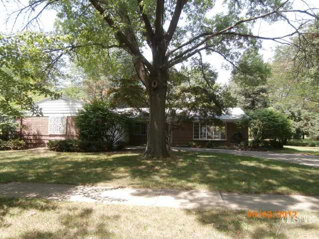 222 W Fleming Avenue -  SOLD 12/11/12   Represented: Buyer List Price: $79,500 Sale Price:  $57,500 Negotiated From Price: $22,000