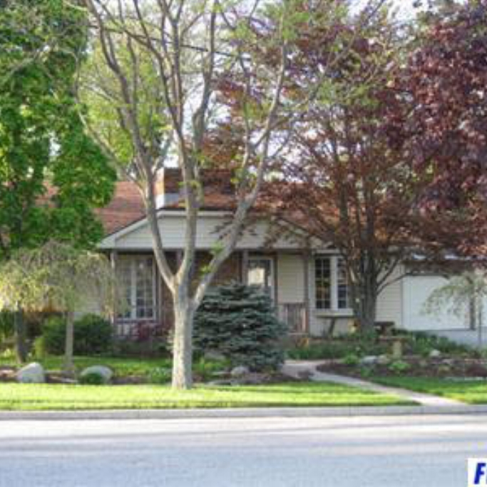 404 Hollis Lane -  SOLD 9/14/12   Represented: Buyer List Price: $121,900 Sale Price:  $121,000 Negotiated From Price: $900