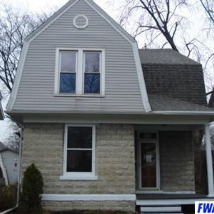 2208 Crescent Avenue - SOLD 4/25/11 Represented: Buyer List Price: $39,900 Sale Price:  $31,000 Negotiated From Price: $8,900
