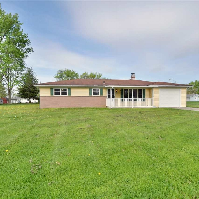 5719 Daisy Lane - SOLD 6/5/17   Represented: Seller Days on Market: 2 Percentage List to Sales Price: 100% Sale Price: $105,500   Client Review