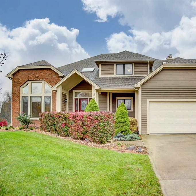 4732 Brook Hollow Drive - SOLD 6/9/17   Represented: Buyer List Price:  $389,900  Sale Price:  $370,000 Negotiated From Price: $19,000