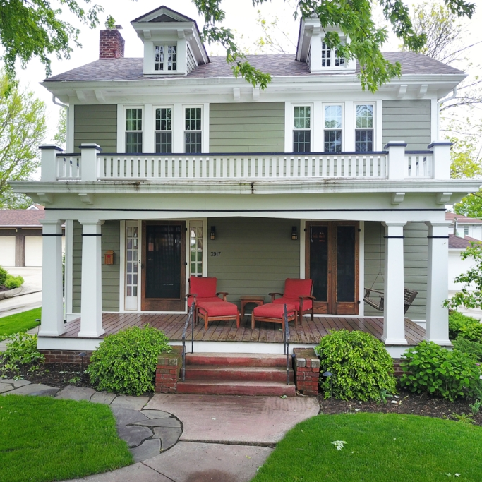 3917 Indiana Avenue - SOLD 6/15/17   Represented: Both Days on Market: 0 Sale Price:  $135,000