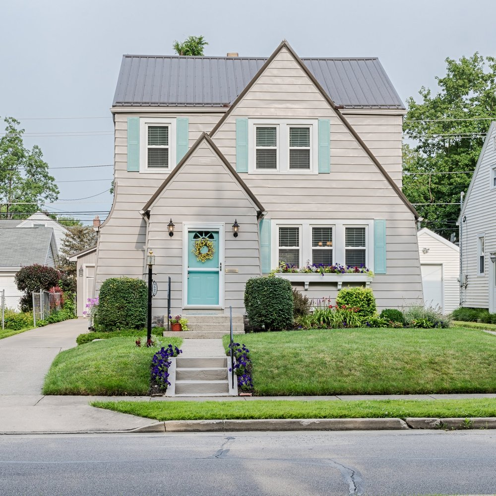 4602 South Wayne Avenue - SOLD 8/14/17   Represented: Seller Days on Market: 4 Percentage List to Sales Price: 100.1% Sale Price: $145,000
