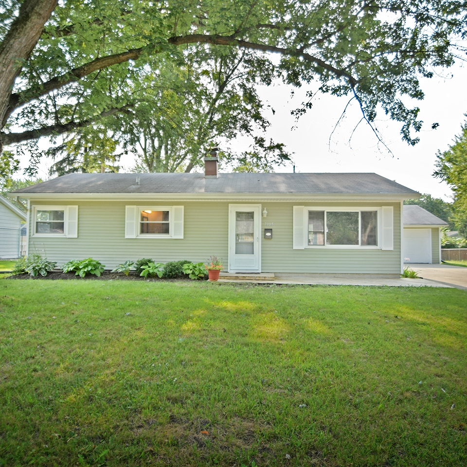 7305 Capri Drive - SOLD 9/15/17   Represented: Seller Days on Market: 7 Percentage List to Sales Price: 104% Sale Price: $82,750 MULTIPLE OFFERS