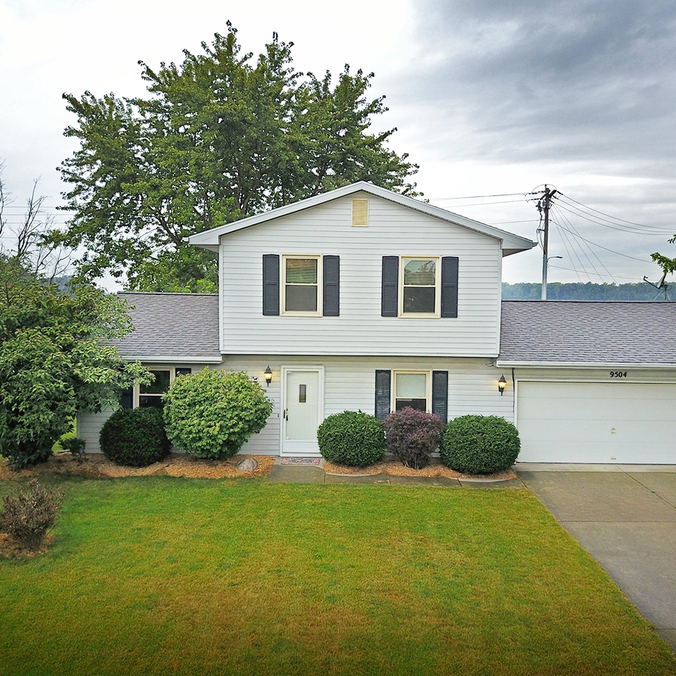9504 Hemphill Drive - SOLD 10/2/17   Represented: Seller Days on Market: 18 Percentage List to Sales Price: 94% Sale Price: $94,000