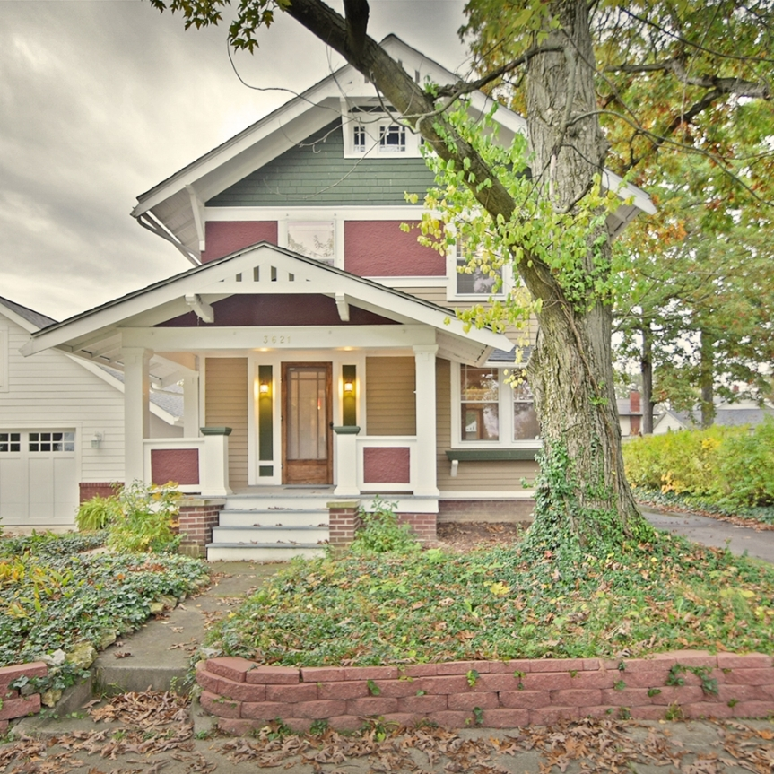 3621 Indiana Avenue - SOLD 11/27/17   Represented: Seller Days on Market: 2 Percentage List to Sales Price: 97% Sale Price:  $112,000