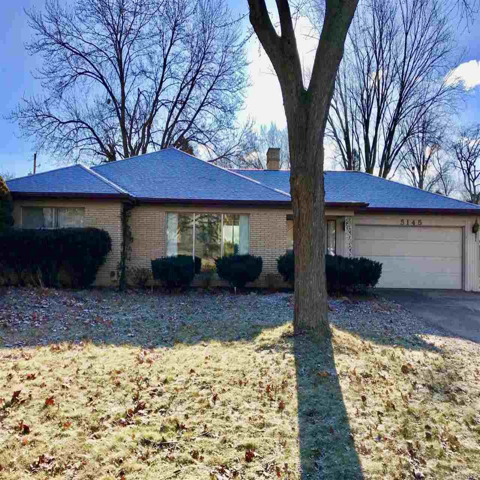 5145 Woodhurst - SOLD 4/5/18   Represented: Seller Days on Market: 34 Percentage List to Sales Price: 96% Sale Price: $129,900