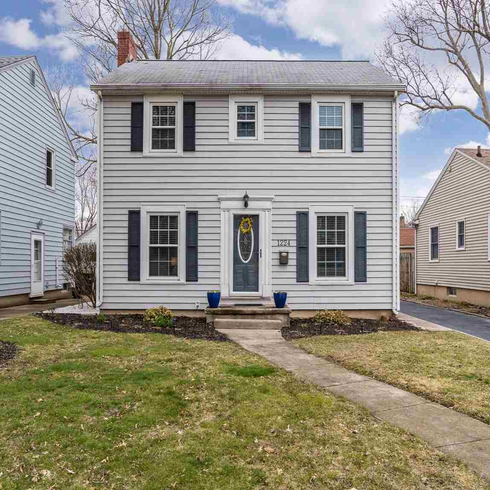 1224 Lexington - SOLD 5/11/18   Represented: Seller Days on Market: 1 Percentage List to Sales Price: 104% Sale Price: $146,000