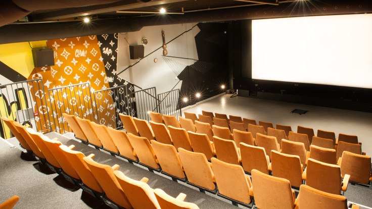 PROJECTS    STUDIO/K   Studio K is a cultural complex in Amsterdam. Together with Inbo architects, we converted an old school building into a cinema with 2 screening halls, a theater, nightclub, bar, and restaurant.