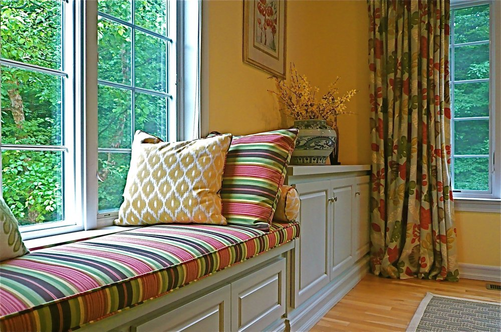 Spruce Hill Court Living Room