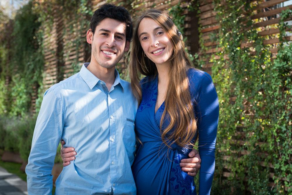 Sarita y Johanns, Santiago