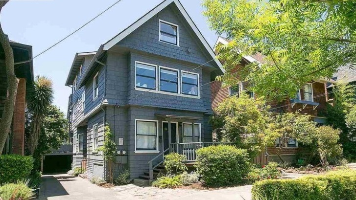 2906 Hillegass Street, Berkeley  Listed for $1,250,000 | 6 offers  REPRESENTED THE BUYER