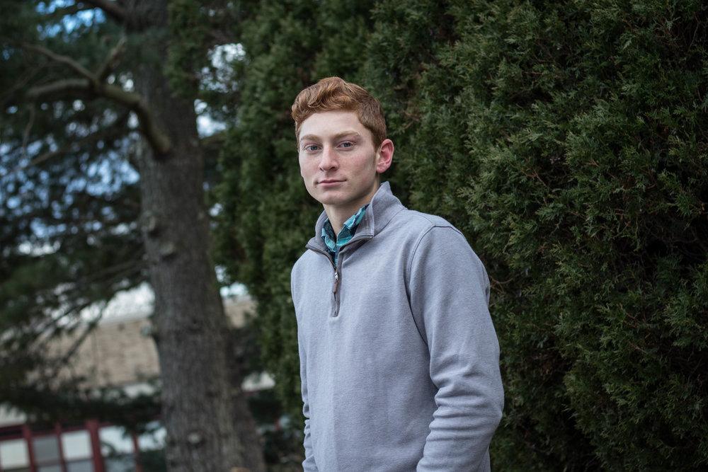 Men's Early Winter Gray Half Zip Sweater Look 10
