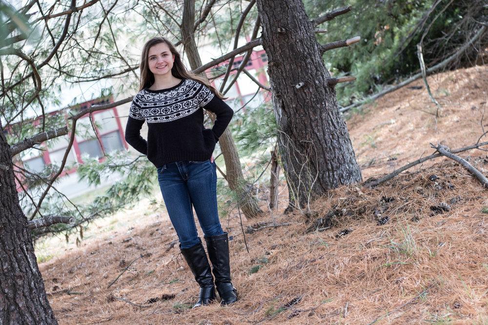 Women's Patterned Sweater Look for Winter 2