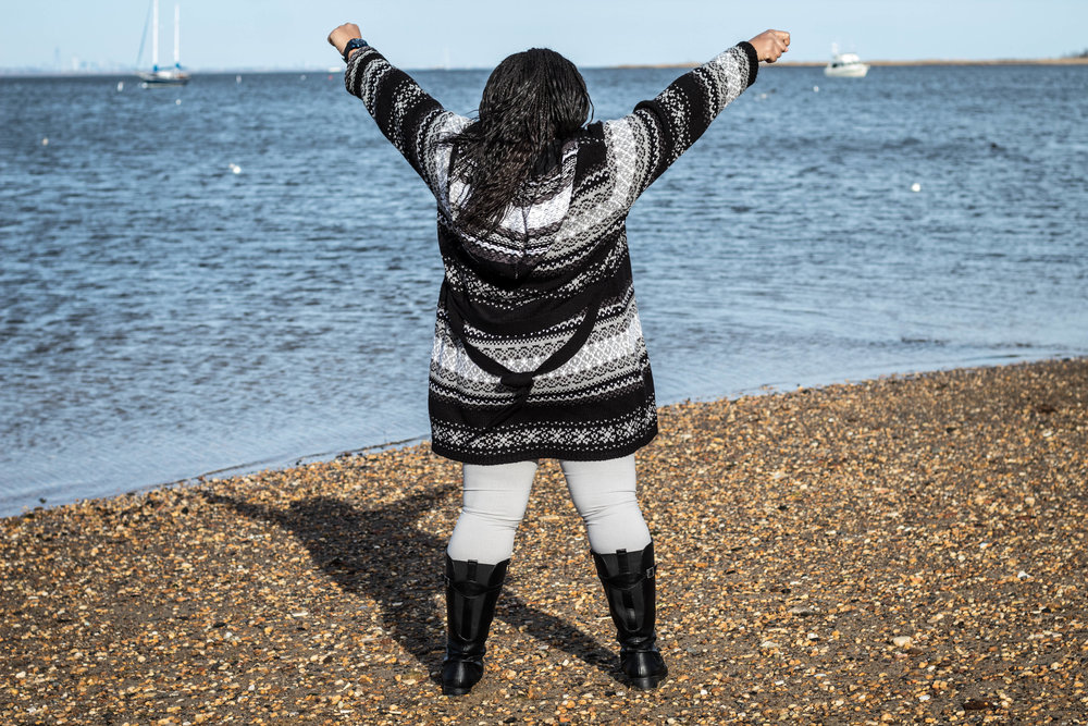 Women's Black and White Tribal Cardigan Look 6