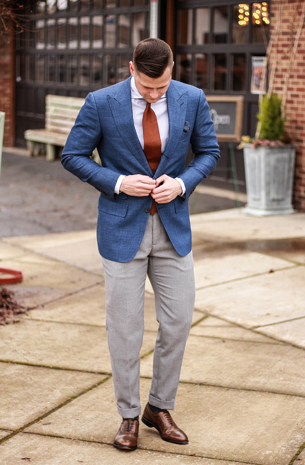 Spring Apparel, Spring Fashion Inspiration, Men's Spring Outfits, Men's Timeless Fashion, Men's Classic Fashion, Dapper Fashion, How to Wear A Suit, Seattle Style, Ollis Leander