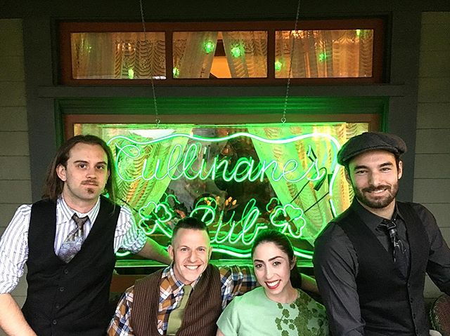 Another incredible year playing the Cullinane's. Pasadena's most coveted St. Patrick's day party. Brilliant. ☘️❤️ . . . #stpatricksday #stpaddysday #whiskeysunday #irishband #folkband #pasadena #southpasadena  #privateparty #green #neon #fridayfun #stpatrickseve