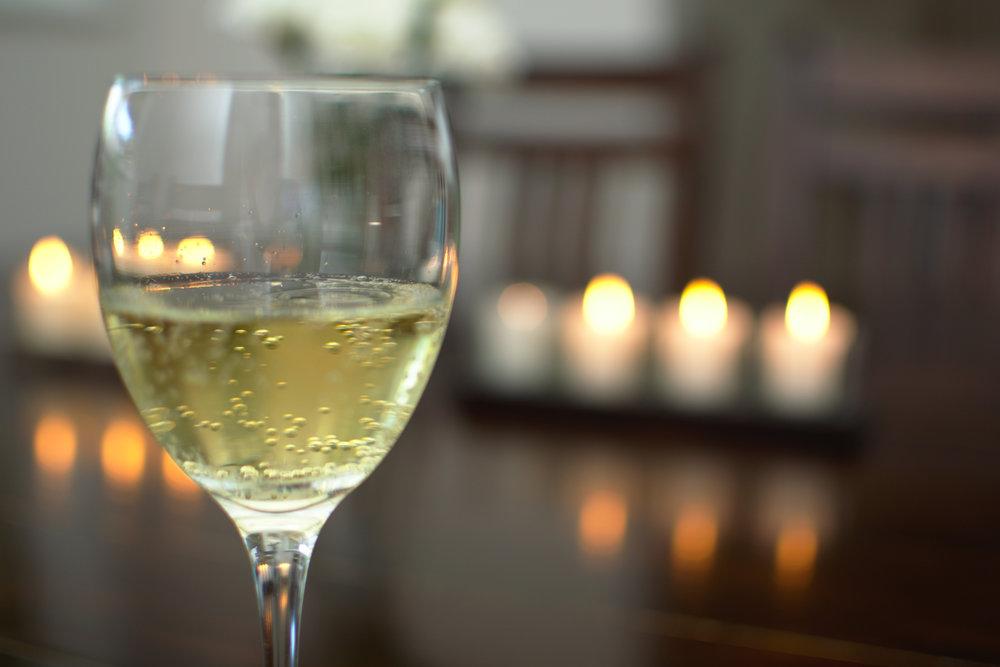 Hvaler-gjestgiveri-hvitvin-champagne-60443.jpg