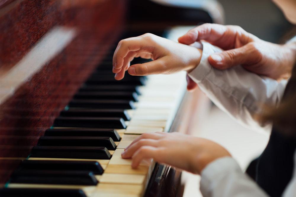 Piano-4577-(1).jpg