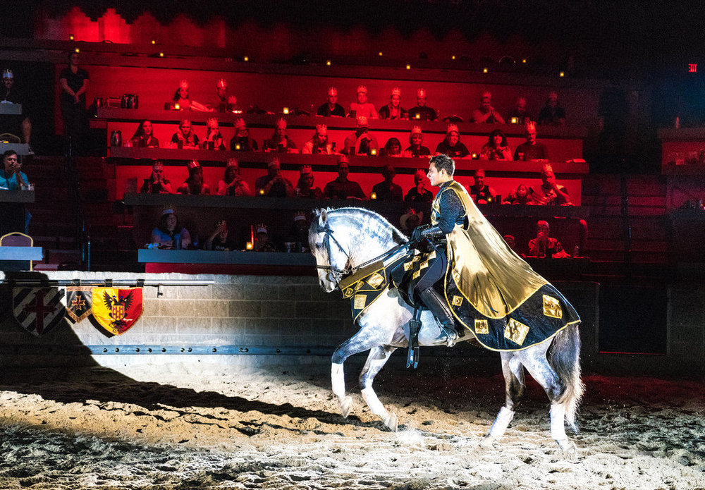 - Hear ye, hear ye. Make haste to the castle to indulge in a night of feasting, combat, and revelry. The knights and horses of Medieval Times are here to thrill you with acts of showmanship and bravery reminiscent of legends of old, while you dine on a 4-course meal worthy of a king's table