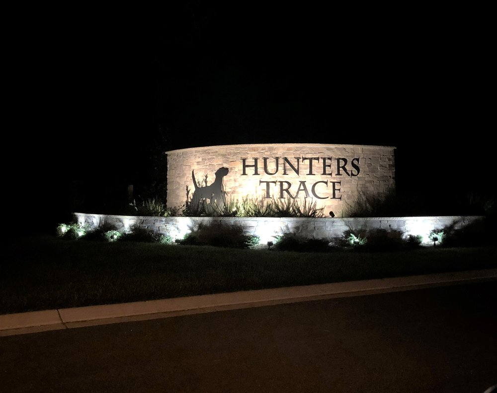 Hunters Trace.jpg